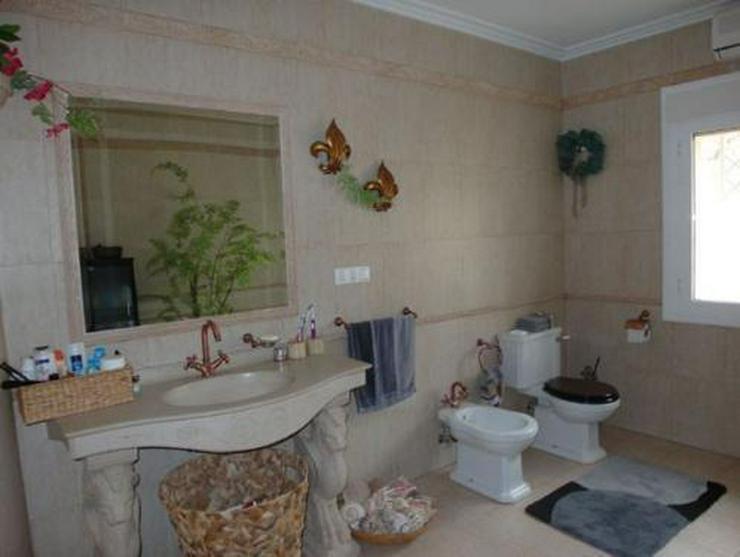 Bild 9: Exklusive Landhaus-Villa mit wunderschönem Ausblick