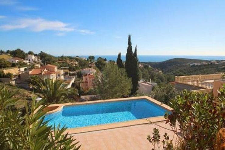 Villa mit 2 Gästeappartements und phantastischem Meerblick - Haus kaufen - Bild 1