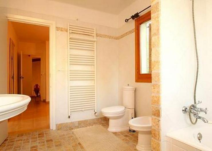 Bild 4: Großzügige Landhaus-Villa im Finca-Stil mit Meerblick