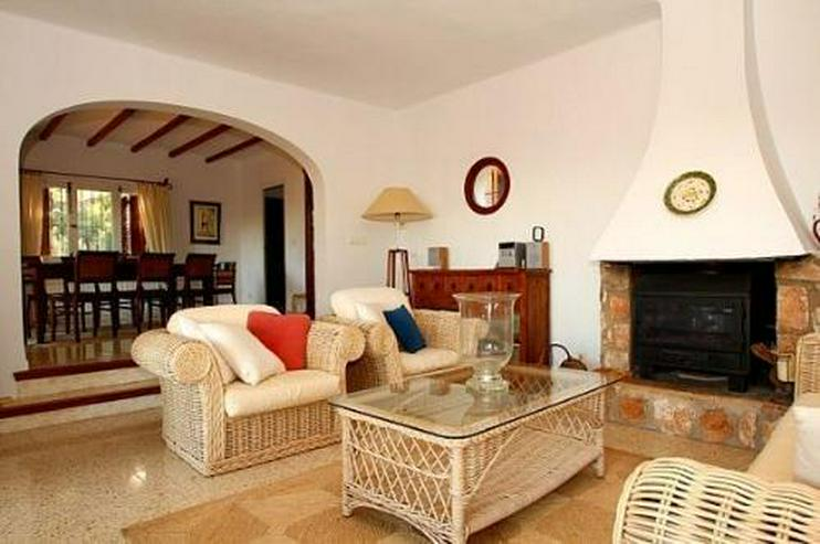 Bild 6: Großzügige Landhaus-Villa im Finca-Stil mit Meerblick