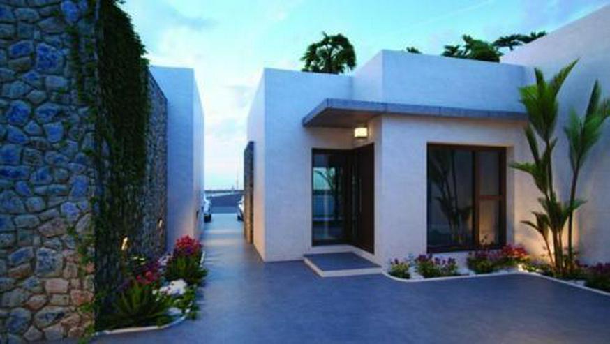 Bild 6: Moderne und komfortable 3-Zimmer-Villen mit Natursteinelementen
