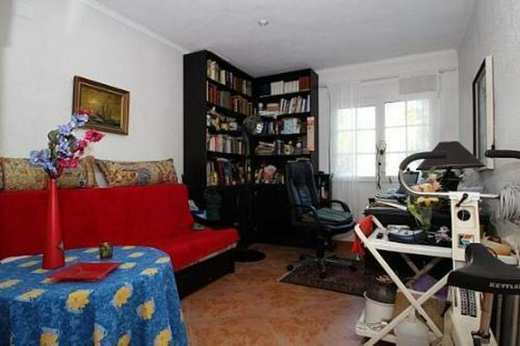 Bild 6: Komfortable Villa mit Meerblick in Benimeit