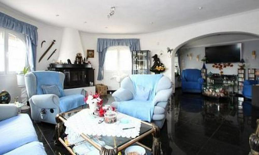Bild 4: Komfortable Villa mit Meerblick in Benimeit