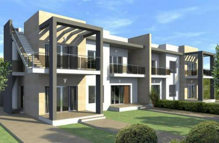 Obergeschoss-Appartements mit Gemeinschaftspool und Spa - Bild 1