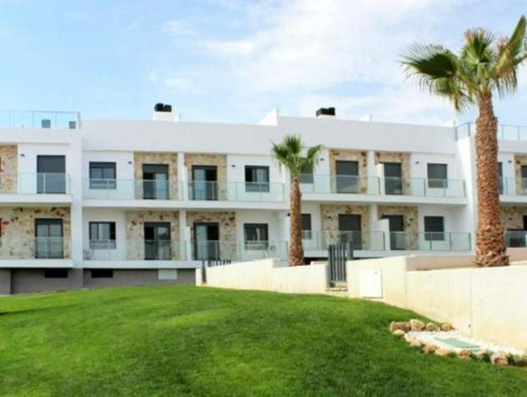 3-Zimmer-Erdgeschoss-Appartements mit Gemeinschaftspool - Auslandsimmobilien - Bild 1