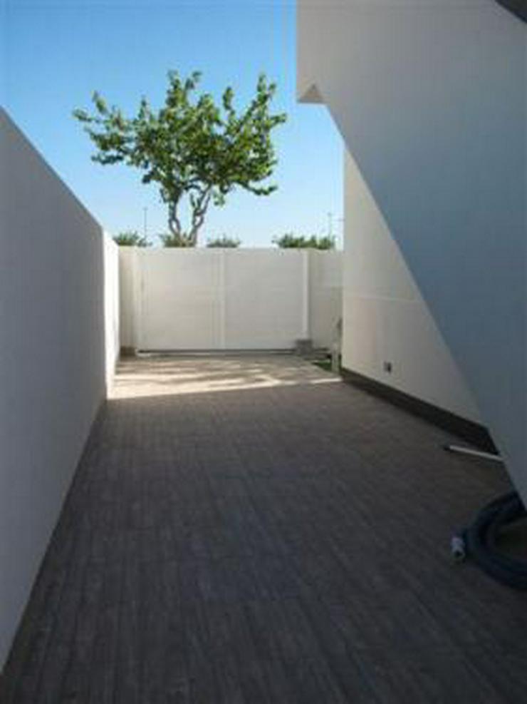 Bild 15: Elegante Neubauvillen mit Privatpool