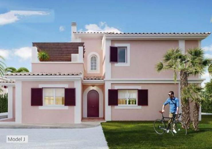 Bild 3: Komfortable Neubau-Villen mit Privat- oder Gemeinschaftspool