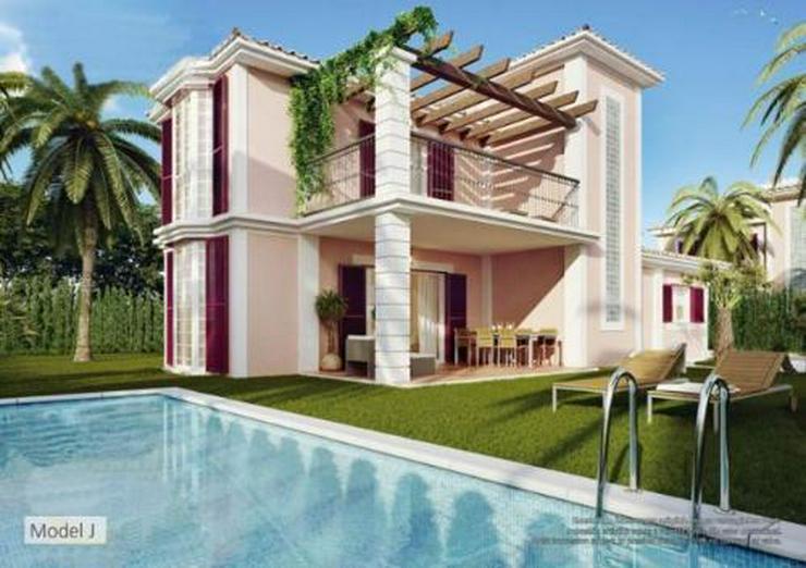Bild 2: Komfortable Neubau-Villen mit Privat- oder Gemeinschaftspool