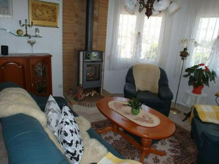 Bild 5: Top gepflegte Villa mit Pool und Sommerküche