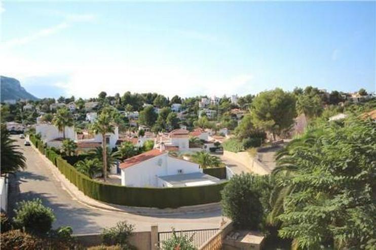 Bild 4: Großzügige Villa mit Pool, BBQ und Dachterrasse in stadtnaher Lage