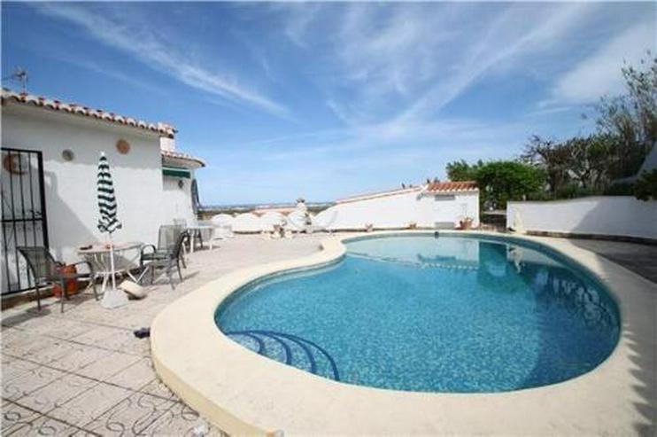 Bild 2: Gemütliche Villa in idyllischer Lage mit Pool und Meerblick