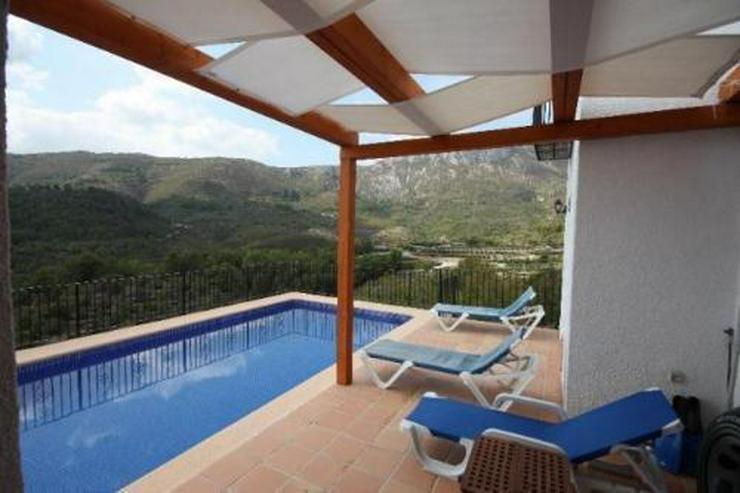 Bild 2: Gepflegte Villa mit Pool in schöner Aussichtslage über Adsubia