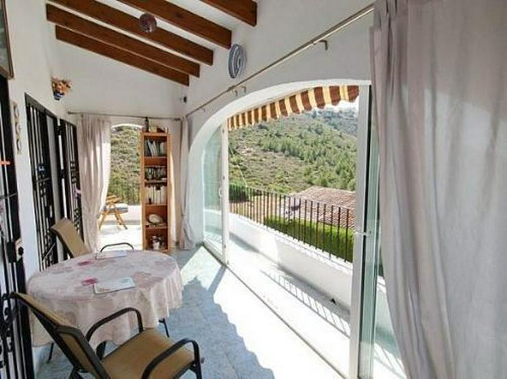 Bild 4: Villa mit Gästeappartement, Pool und Meerblick