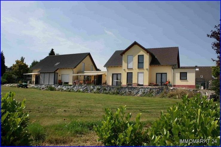 ***Anwesen mit Praxis und Wohnhaus im Grünen*** - Haus kaufen - Bild 1