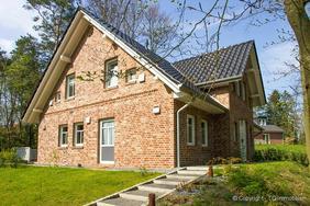 top angbot reihenhaus und doppelhaus neubauvorhaben in meckelfeld in seevetal auf. Black Bedroom Furniture Sets. Home Design Ideas