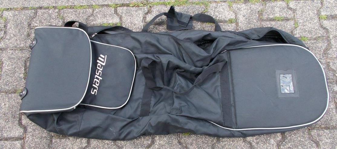 Bild 5: Golftasche und Schläger