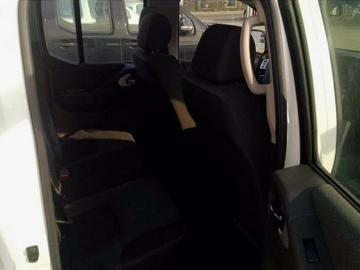 Bild 11: NISSAN Navara Double Cab 2.5 dCi 4X4 Automatik/Lager