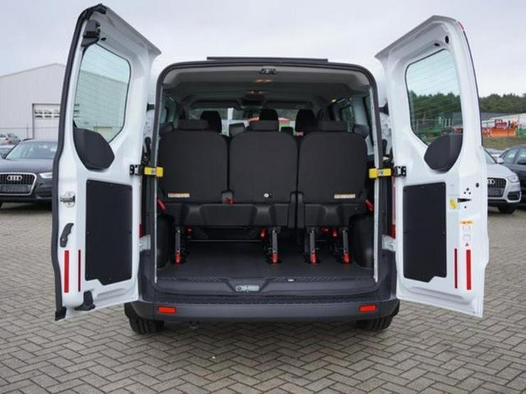 Bild 5: FORD Tourneo Custom 2.2 TD 300 L1H1 9-Sitze/Lager