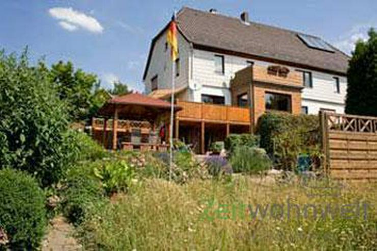 Bild 5: (EF0064_Y) Kassel-Landkreis: Oberweser, möblierte 1-Raumwohnung mit Terrasse
