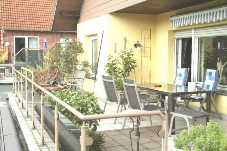 **Schönes&Helles Zweifamilienhaus in Stadthagen** - Haus kaufen - Bild 1