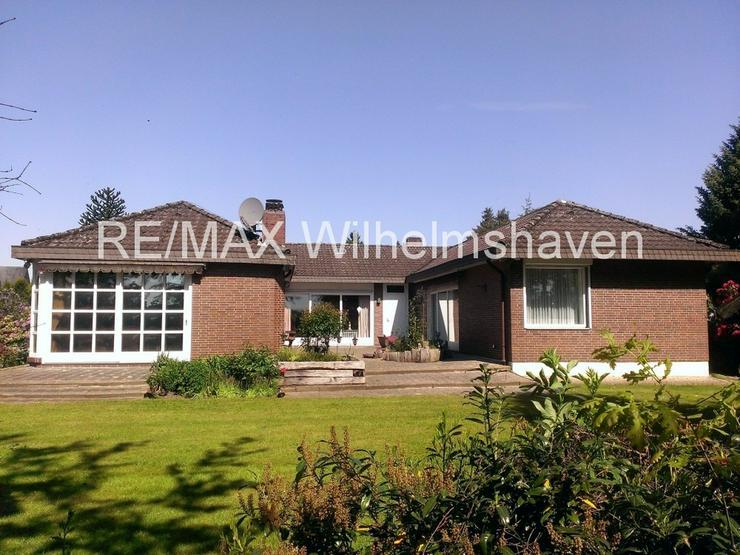 RE/MAX bietet an: Repräsentative Villa in  Sackgassenlage mit Weitblick! - Haus kaufen - Bild 1