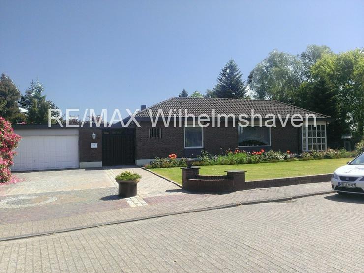 Bild 2: RE/MAX bietet an: Repräsentative Villa in  Sackgassenlage mit Weitblick!
