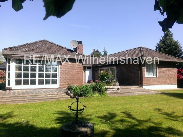 Bild 4: RE/MAX bietet an: Repräsentative Villa in  Sackgassenlage mit Weitblick!