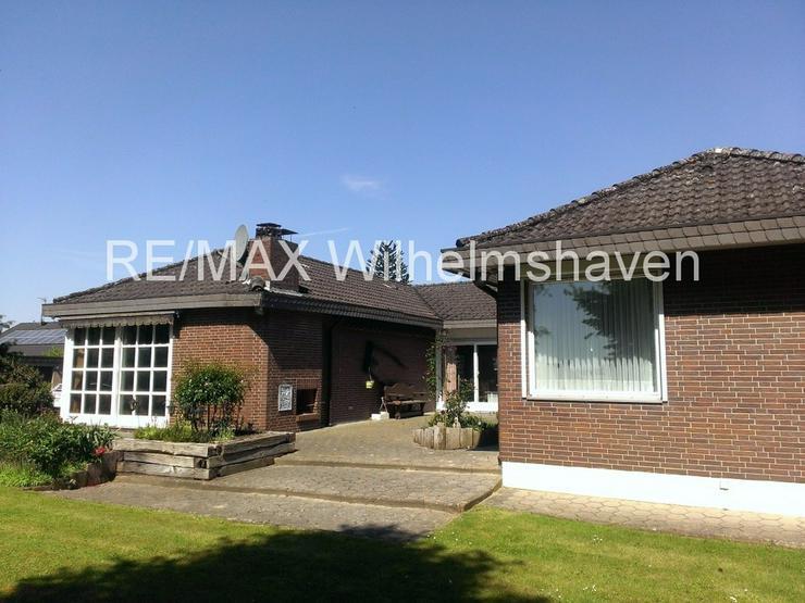 Bild 5: RE/MAX bietet an: Repräsentative Villa in  Sackgassenlage mit Weitblick!