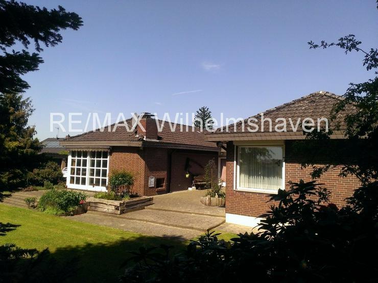 Bild 6: RE/MAX bietet an: Repräsentative Villa in  Sackgassenlage mit Weitblick!