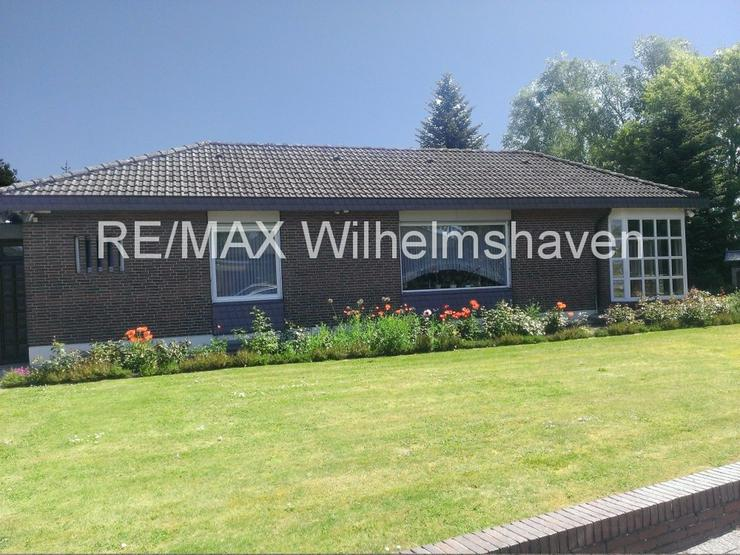 Bild 3: RE/MAX bietet an: Repräsentative Villa in  Sackgassenlage mit Weitblick!
