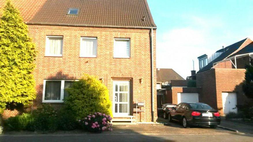 **Viel Platz für 1-2 Familien mit Garten & Garage in Heinsberg ** - Haus kaufen - Bild 1