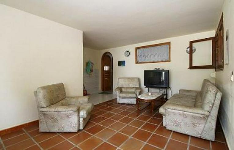 Bild 9: Sonnige Villa mit Pool, Gästeappartement und großer Terrasse