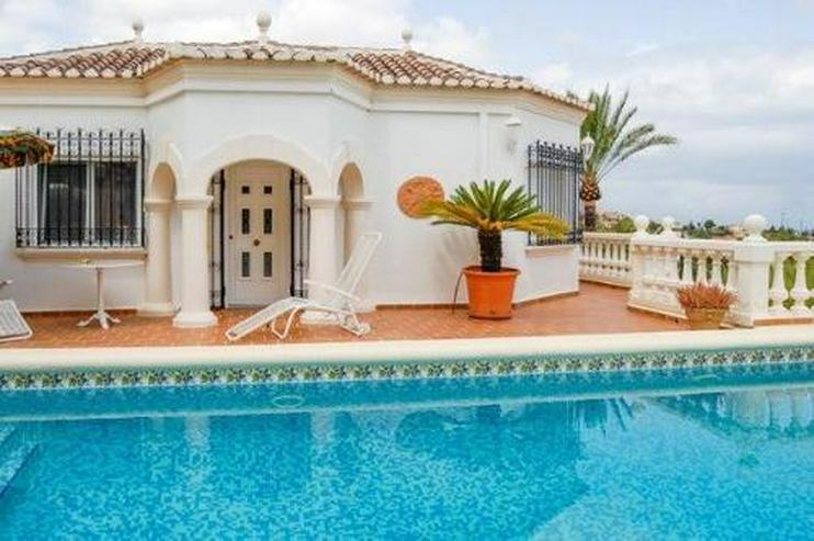 Luxusvilla mit traumhaftem Meerblick - Haus kaufen - Bild 1
