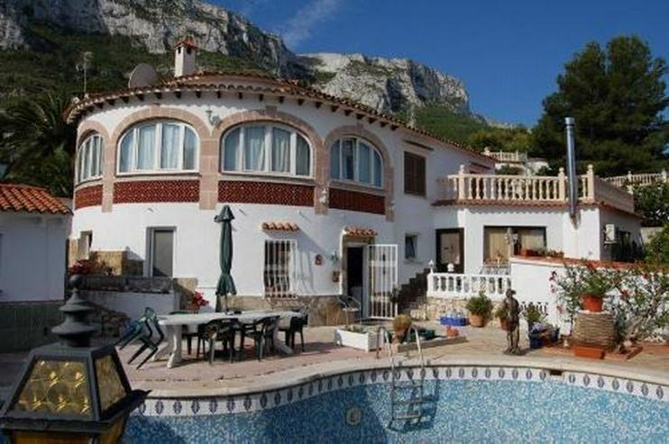 Großzügige Villa mit Pool, Gästeappartement und Garage in San Juan