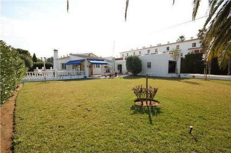 Bild 5: Großzügige Villa mit Doppelgarage und sep. Baugrundstück nur 150 Meter vom Meer