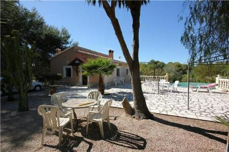 Bild 3: Gepflegte Landhaus-Villa nahe der Reitanlage La Sella
