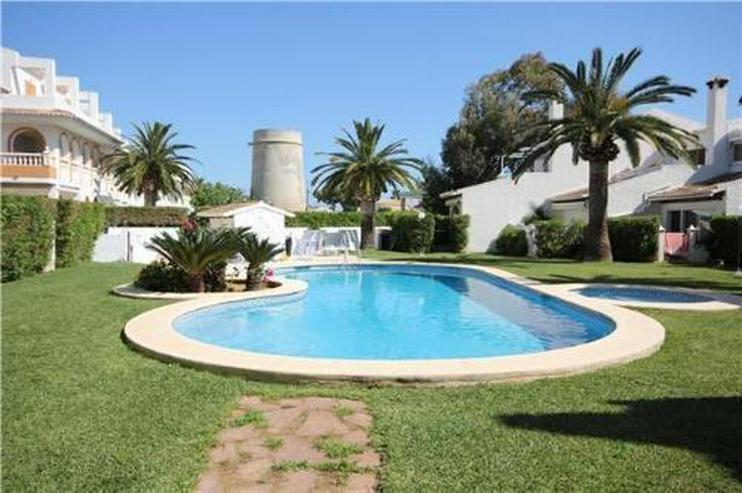 Maisonette-Wohnung mit Gemeinschaftspool nur 200 m vom Strand - Wohnung kaufen - Bild 1