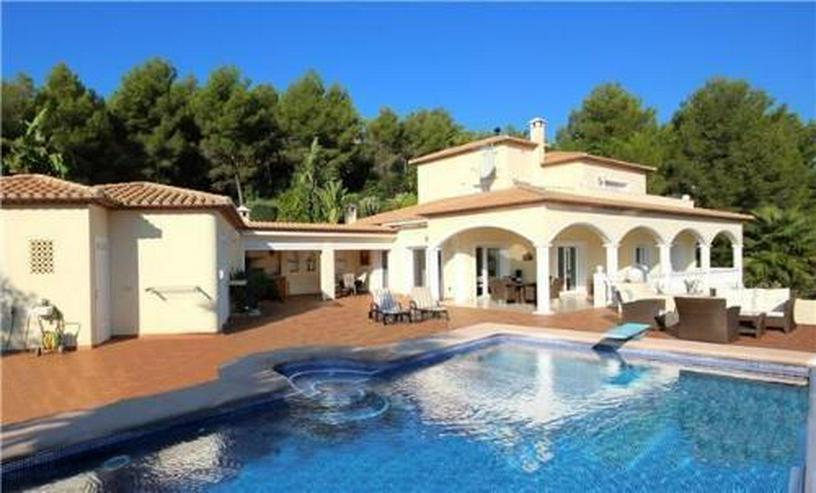 Luxuriöses Villenanwesen mit herrlicher Fernsicht in der Golfanlage La Sella - Haus kaufen - Bild 1