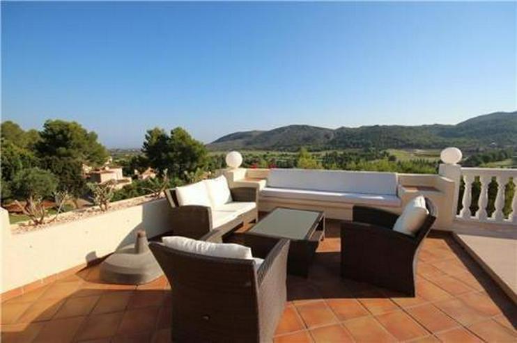 Bild 3: Luxuriöses Villenanwesen mit herrlicher Fernsicht in der Golfanlage La Sella