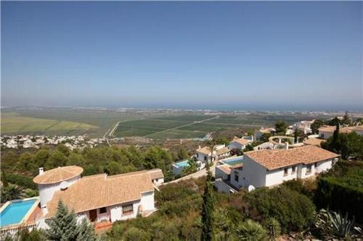 Bild 3: Große Villa mit Gästebereich und überwältigendem Meerblick