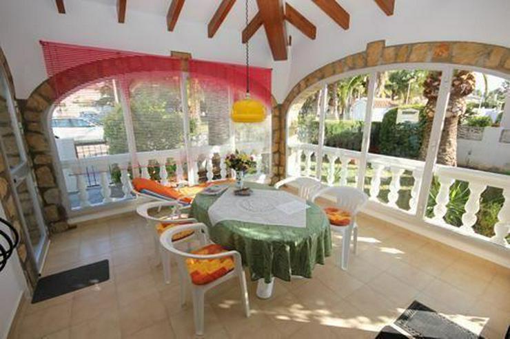 Bild 2: Sehr gepflegte Villa mit Wintergarten und Garage nur 500 m vom Meer