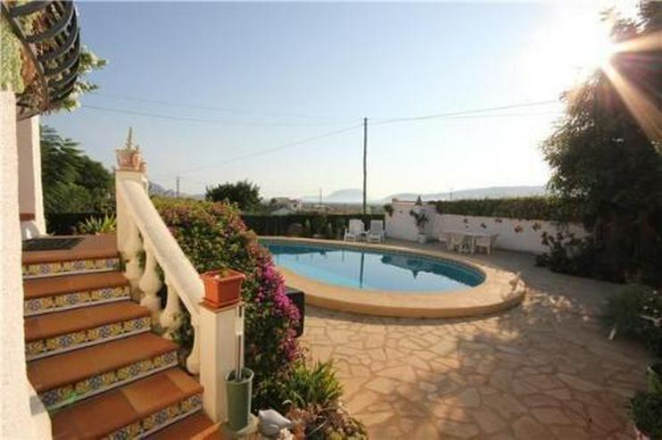 Bild 2: Sehr romantisch gelegene Villa mit Pool und herrlichem Panoramablick