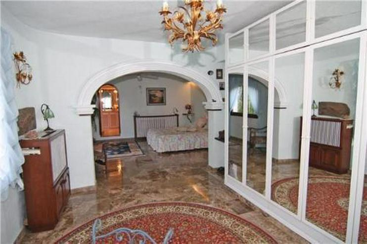 Bild 5: Stadtnahe Villa mit Pool, Sauna, Jacuzzi und vielen Extras
