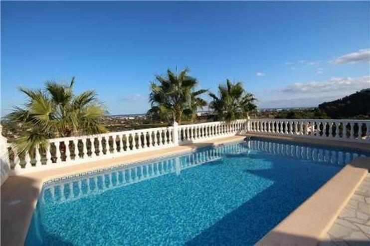 Bild 2: Luxuriöse Villa mit gigantischer Meersicht