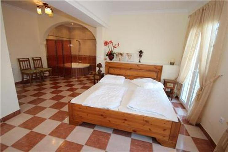 Bild 7: Luxuriöse Villa mit gigantischer Meersicht