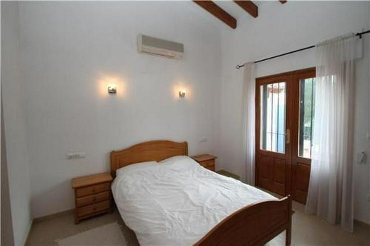 Bild 5: Sehr schöne und moderne Villa in Südlage mit herrlicher Bergsicht