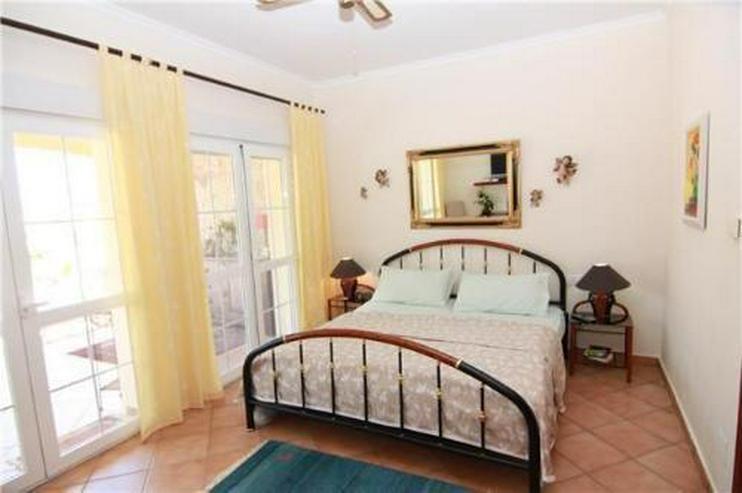 Bild 6: Sehr gepflegte Villa in Top Lage mit Pool und Meerblick
