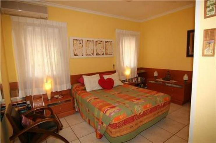 Bild 5: Villa mit 4 Sschlafzimmern und Pool in guter Lage