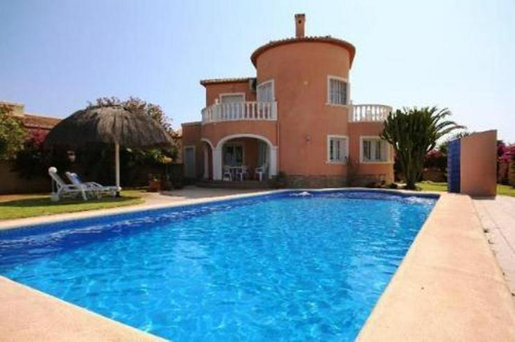Sehr gemütliche Villa mit Pool in El Vergel, nur ca. 1000 m vom Meer entfernt