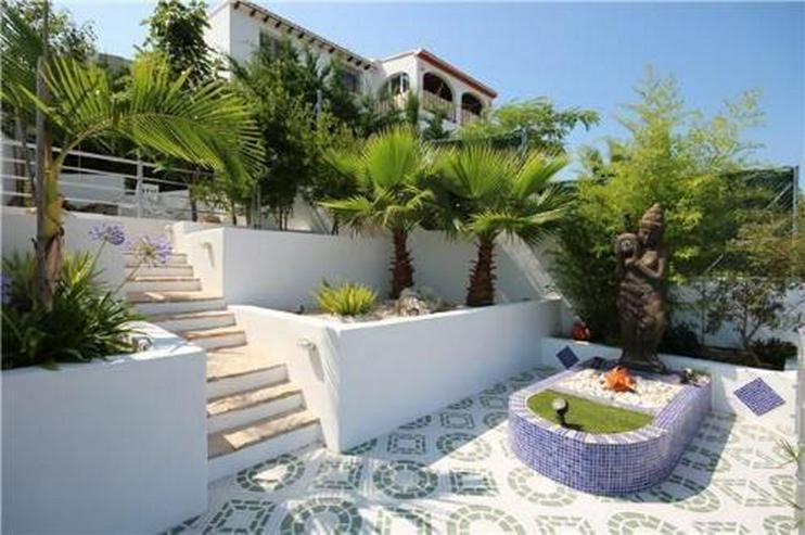 Bild 5: Luxusvilla mit 2 Wohneinheiten, Pool und traumhaftem Meerblick